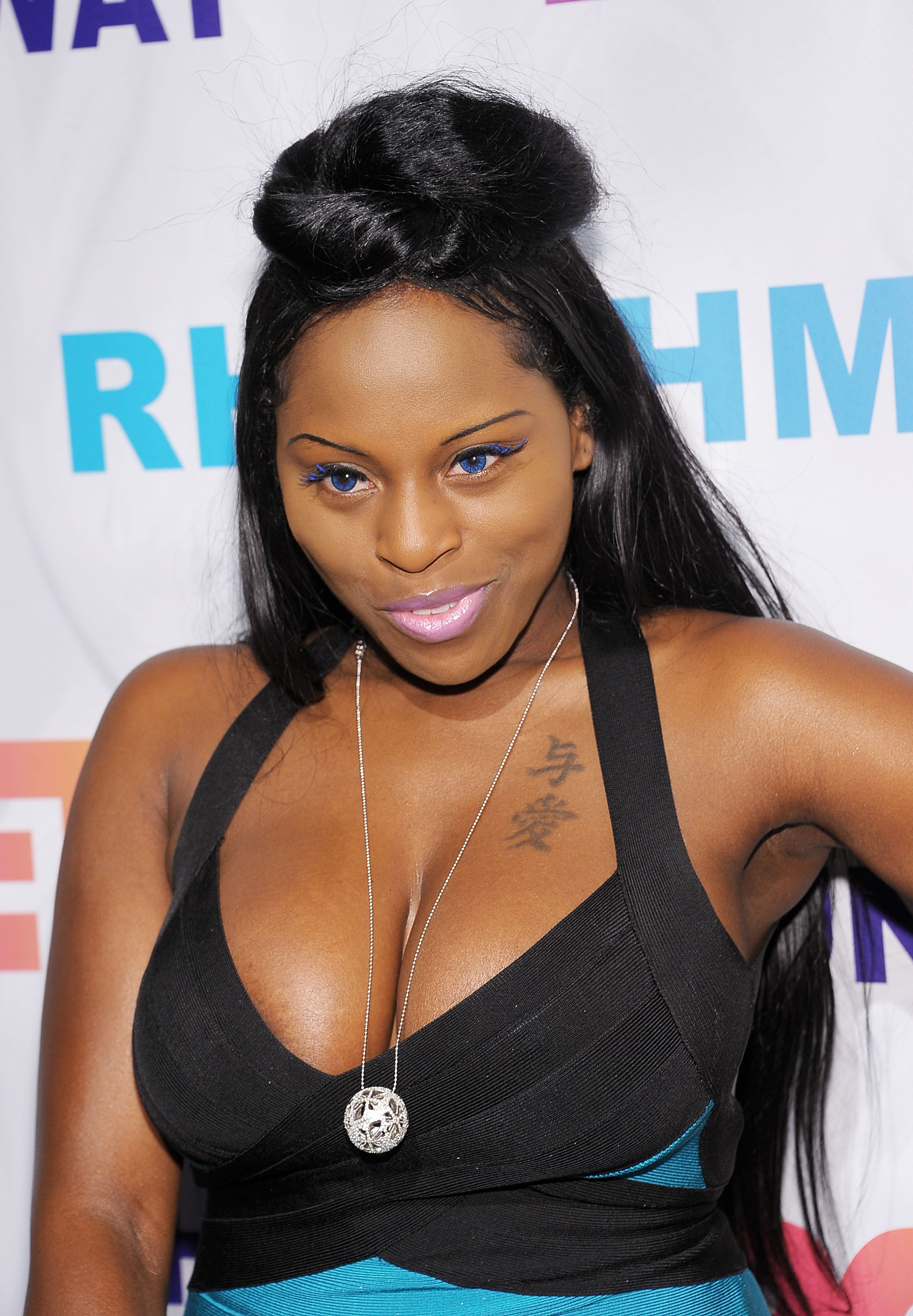 Krackblog Foxy Brown Offered 2 Million To Pose For Playboy